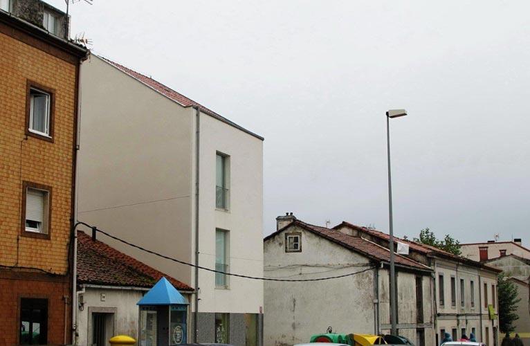 Vivienda y local comercial en santiago de compostela rvr arquitectos - Arquitectos santiago de compostela ...