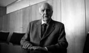 Andres fernandez-Albalat Lois academico de honra na Real Academia Galega de Belas Artes