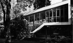 Glass house. João Batista Vilanova Artigas