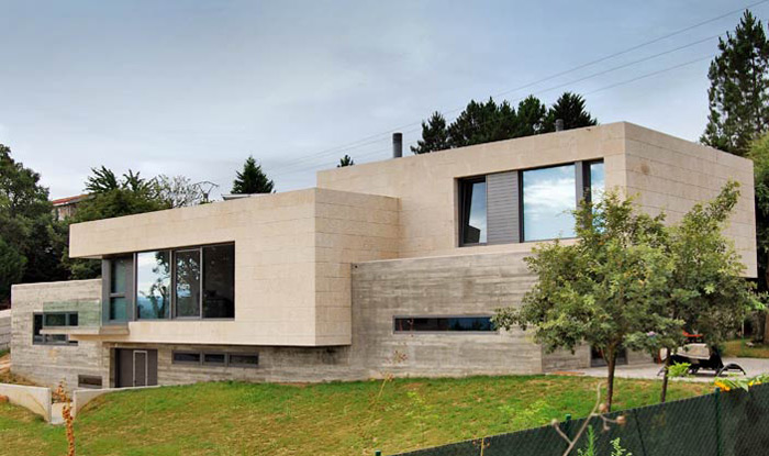 Vivienda unifamiliar en parada dousd arquitectura for Fachadas casas unifamiliares
