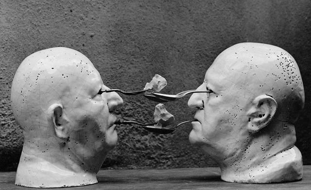 tactilismo-para-ver-cierra-los-ojos-miquel-lacasta