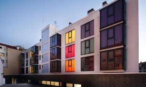 32 pilot apartaments and day center | Yago Lenguas Bugallal+Iago Lopez Álvarez