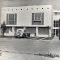 Edificio de departamentos en Calle Roma, Lima – 1950. Teodoro Cron, arquitecto.