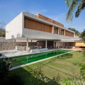 Casa 6, Marcio Kogan, arquitecto. Sao Paulo, Brasil, 2009 - 2010  | laformamodernaenlatinoamerica.blogspot.com.es