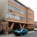 42_Edificio en Petit Thouars con calle Rio de la Plata