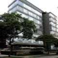 50_Edificio en calle Victor Maurtua, San Isidro. Arq. M. Villarán