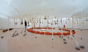 Ernesto Neto: the body that takes me