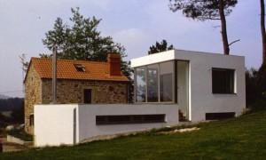 Rehabilitación y ampliación de vivienda unifamiliar en Ponte Olveira | CREUSeCARRASCO