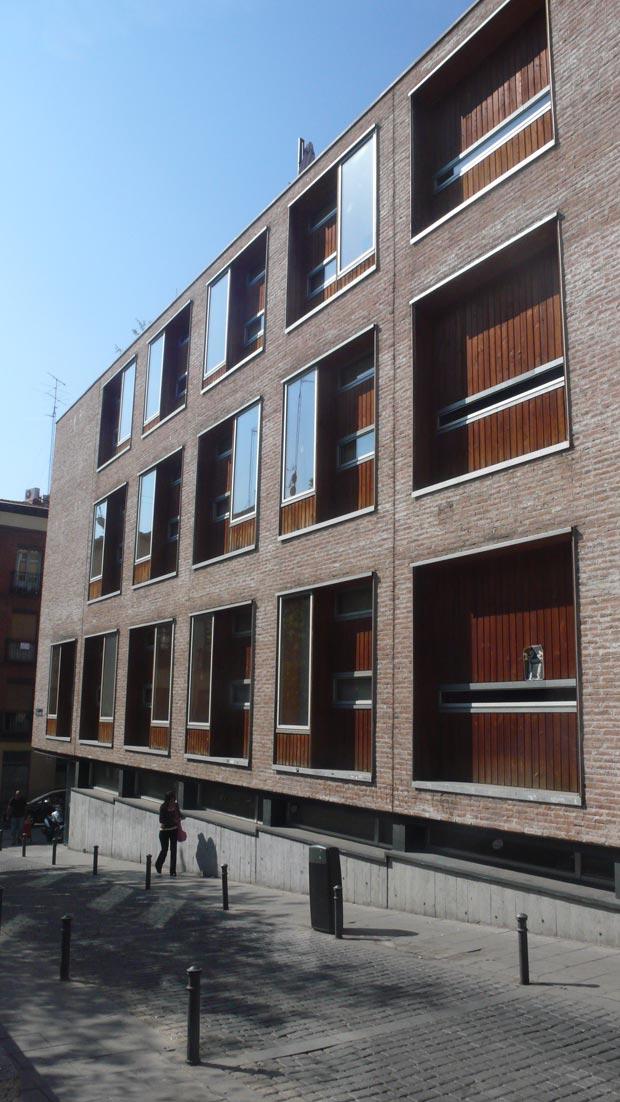 La arquitectura p blica en madrid y en el inicio del siglo for Biblioteca de la uned madrid