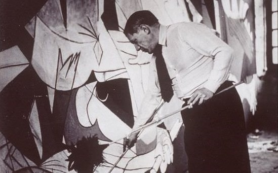 1. Guernica.  picasso.org