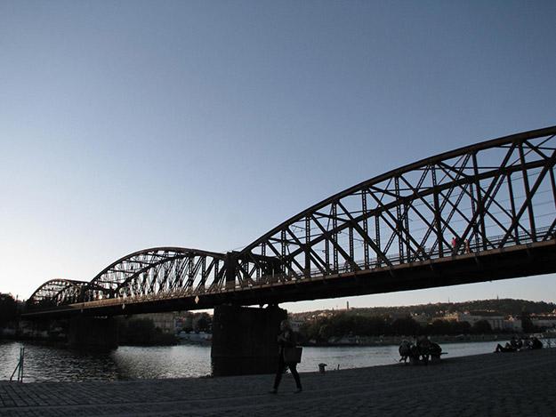 Železniční most (2014)   Fotografía: Wayward wandering