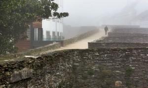 Ascensor para acceder al adarve de la muralla romana de Lugo | Pernas Varela Arquitectos