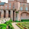 Palacio de La Berbie desde los Jardines