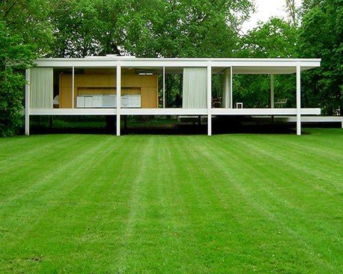 Casa Farnsworth, Mies Van de Rohe. Imagen: http://www.hogarismo.es/wp-content/uploads/2011/06/farnwoth-5.jpg