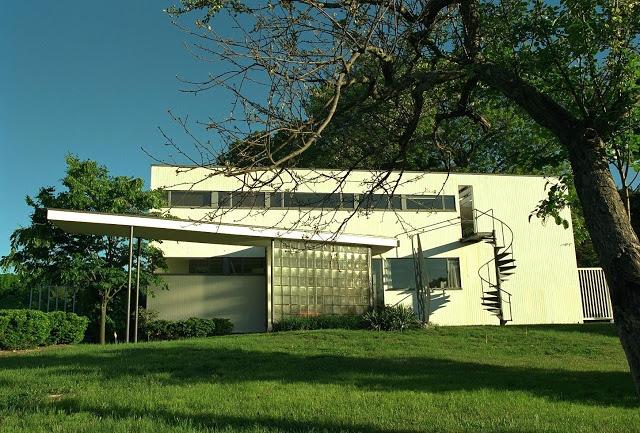 Casa Gropius, Walter Gropius. Imagen: http://www.viaje2punto0.com/wp-content/uploads/2011/03/BOS-006.jpg