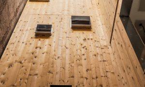 Edificio de 6 apartamentos e locais en Granada | Bonsai Arquitectos
