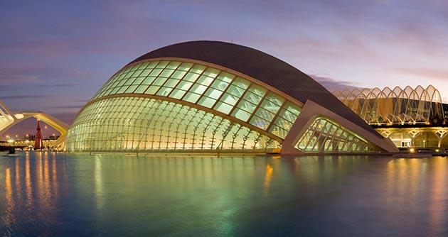 L'Hemisferic, Ciudad de las Artes y las Ciencias de Valencia | Santiago Calatrava