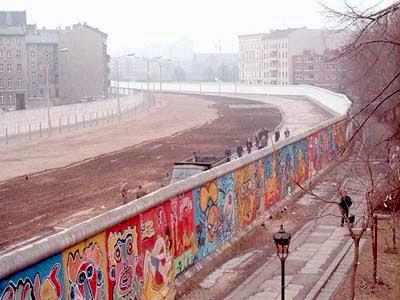 El Muro de Berlín, en Bethaniendamm (1986)