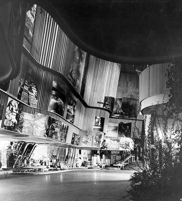 Pabellon de Finlandia, exposición universal de New York, 1939   foto Ezra Stoller
