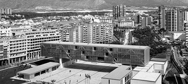 Ayuntamiento Benidorm / Rafael Machancoses – Miguel Navarro