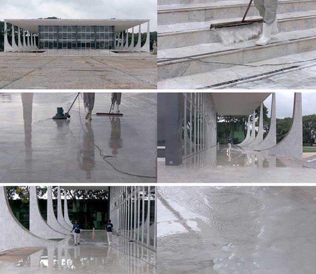 CTossin, en 'La elipsis arquitectónica' en el Centro Cultural Universitario Tlatelolco.
