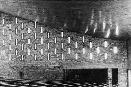 Iglesia de Nuestra Sra. de la Coronación de Vitoria. Miguel Fisac, 1957-60 | Proyecto que visitamos no hace mucho y que se encuentra es muy buen estado.