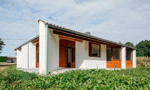 Casa a tres aguas en Oza | ARKB-Arrokabe arquitectos