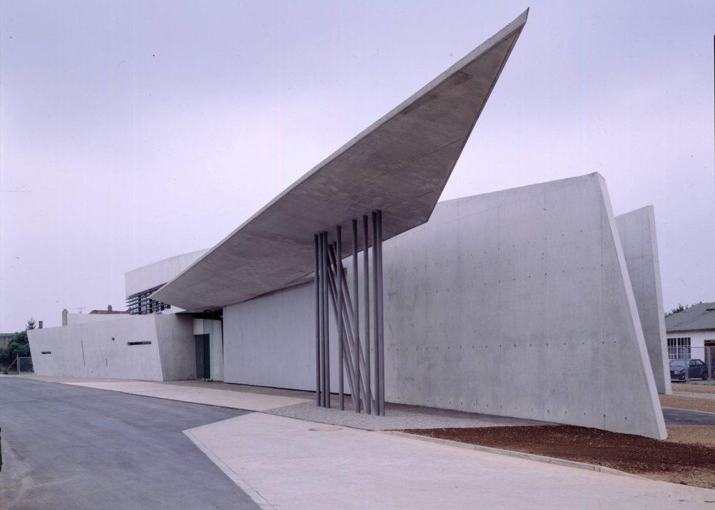 vitra fire station   ©Zaha Hadid Architects
