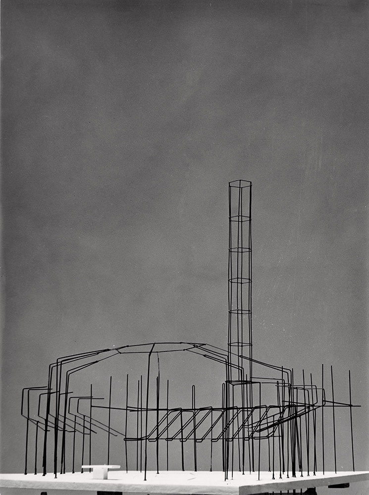 Fotógrafo Fotografía Industrial. Iglesia parroquial de la Virgen de la Providencia y San Cayetano, Madrid, 1959. Arquitecto Juan de Haro Piñar. Archivo Servicio Histórico COAM