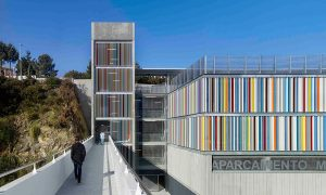 Oncologic Center of Galicia and Children's and Maternity Hospital parking | Díaz+Díaz - Rafael Ángel Otero Mosquera
