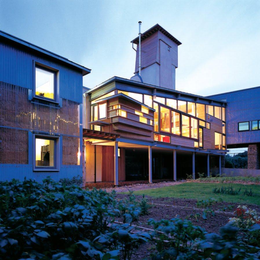 La biblioteca en forma de torre provoca una ventilación de aire fresco   Fotografías: Paul Smoothy