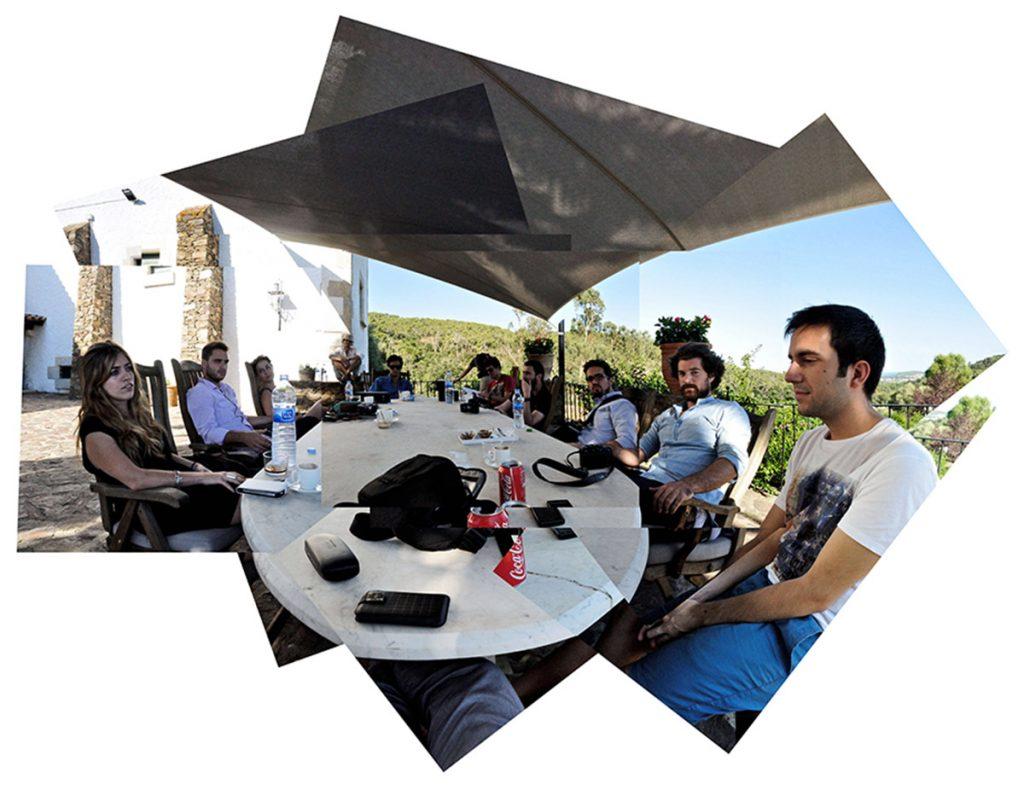 Con amigos y participantes del workshop RCR en las bodegas de Palamós | Fotografía: Jaume Prat