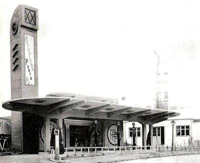 Gasolinera de Porto Pí, situada en la Calle Alberto Aguilera y diseñada por Casto Fernández Shaw en 1927