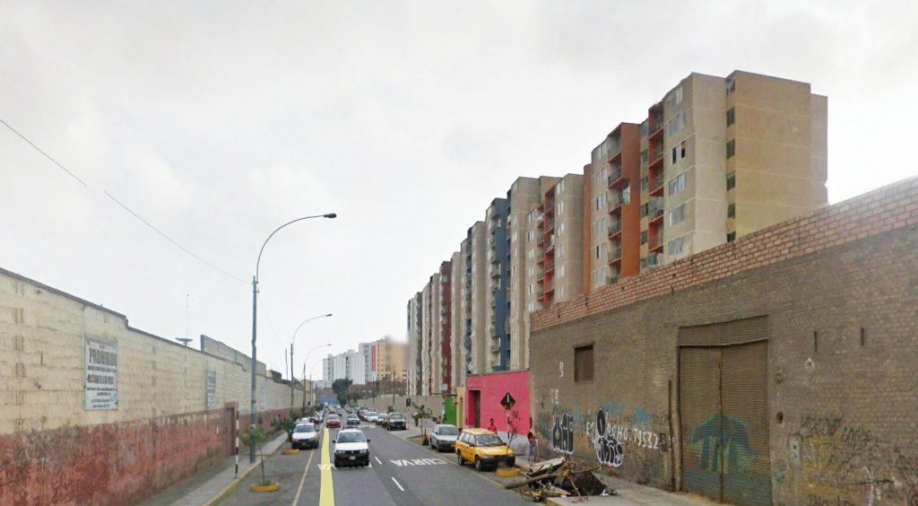 Cercado de Lima, desarrollo inmobiliario entre las Av. Zorritos y Benavides | Fuente: Google Earth 2017