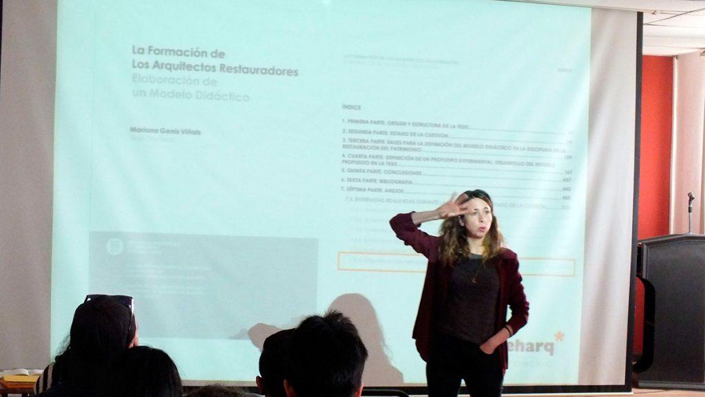 Libe Fdez. Torróntegui Impartiendo en la Universidad de Cuenca el workshop Creatividad y valores, aliados de la difusión del patrimonio en la sociedad del s. XXI.