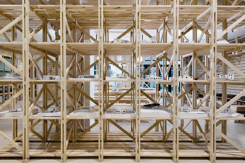 Cafetería del Hall de la Escuela de Arquitectura Universidad del BioBío República Portátil o4