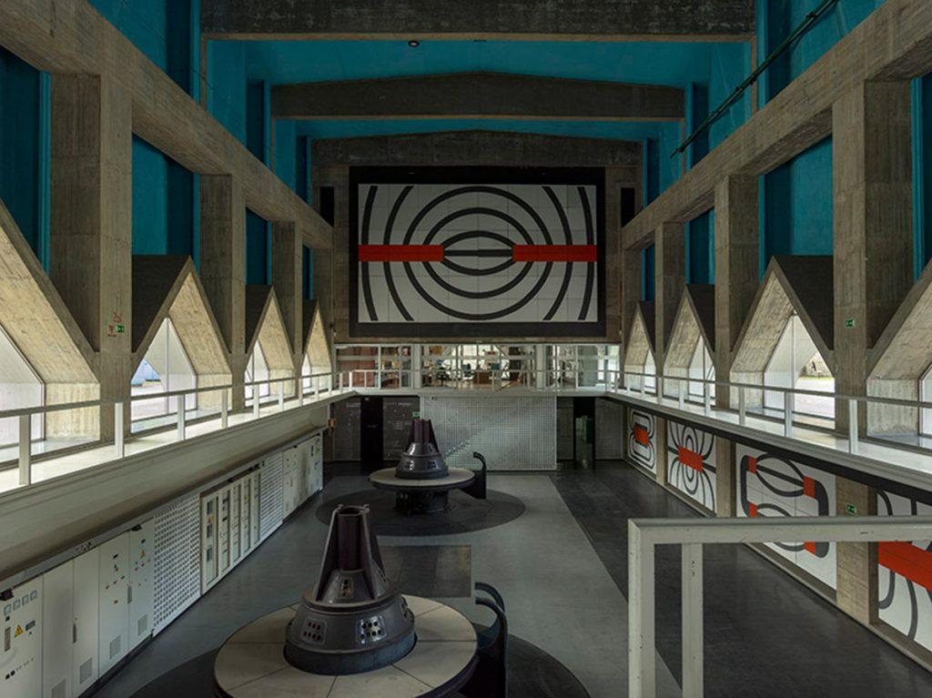 Joaquín Vaquero Palacios, integración artística en la Central hidroeléctrica de Miranda (Asturias), 1956-1962. © Joaquín Vaquero Palacios, VEGAP, Madrid, 2018 © Fotografía: Luis Asín