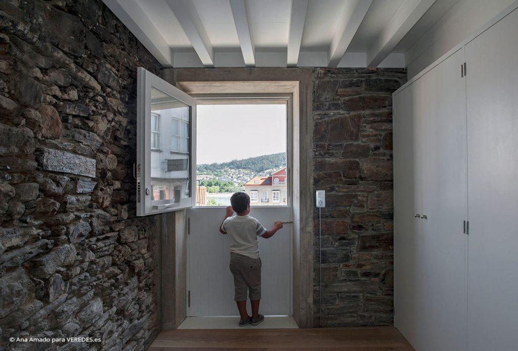 Rehabilitación de vivienda unifamiliar en el Casco Histórico de Pontedeume Jorge Salgado Cortizas o29 Into1