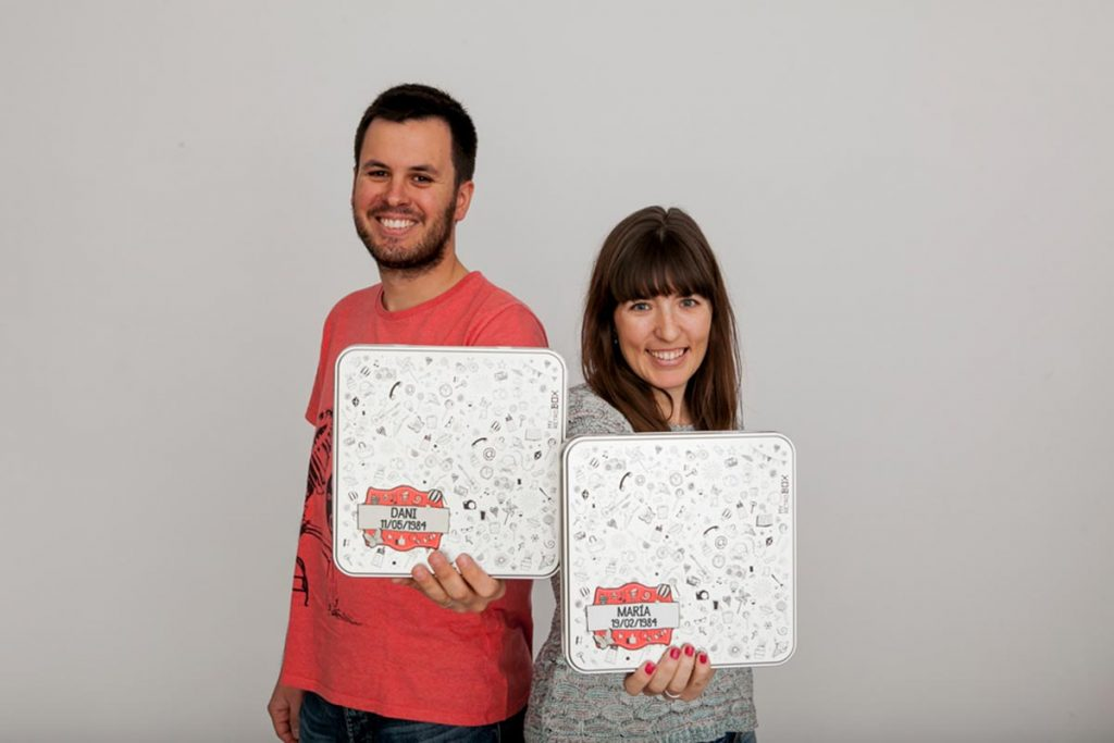 Daniel Hernández y María Tejel, creators of MyRetrobox.