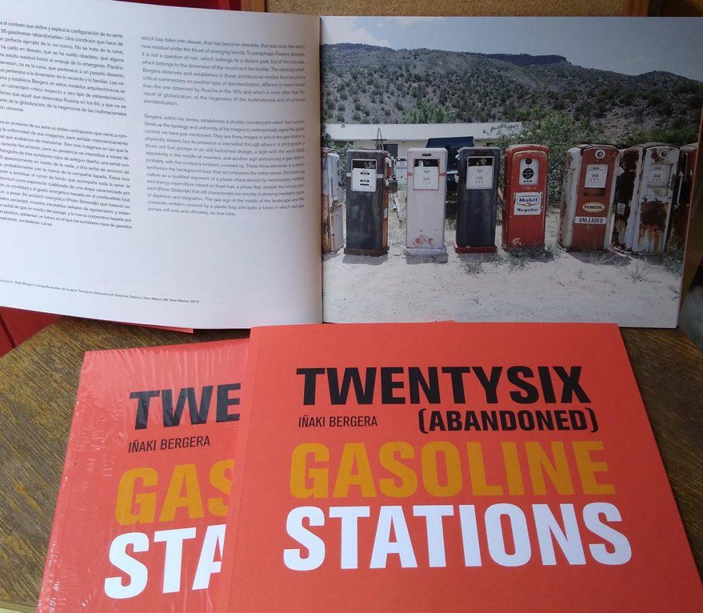 Twentysix (Abandoned) Gasoline Stations Catálogo