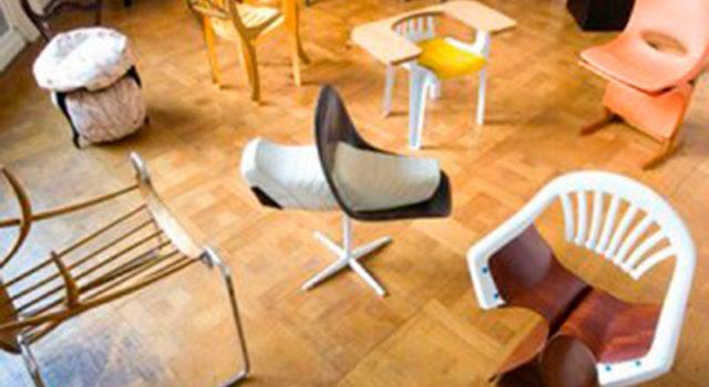 A 100 Chairs in 100 days   Xosé Suárez