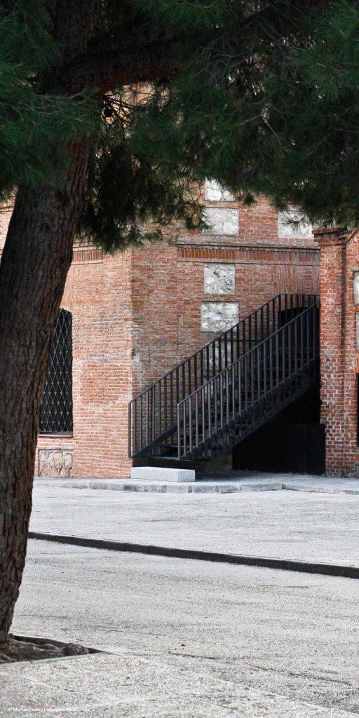 Escalera de evacuación en un colegio del s.XIX MCVR Arquitectos o1