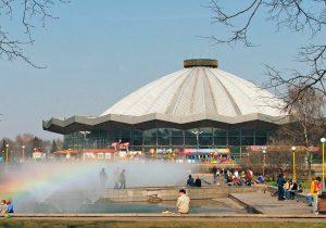 Circo Bolshoi de Moscú de 1971. Arquitectos: Y. Belopolsky, E. Bulikh, S. Feoksitov y V. Khavin