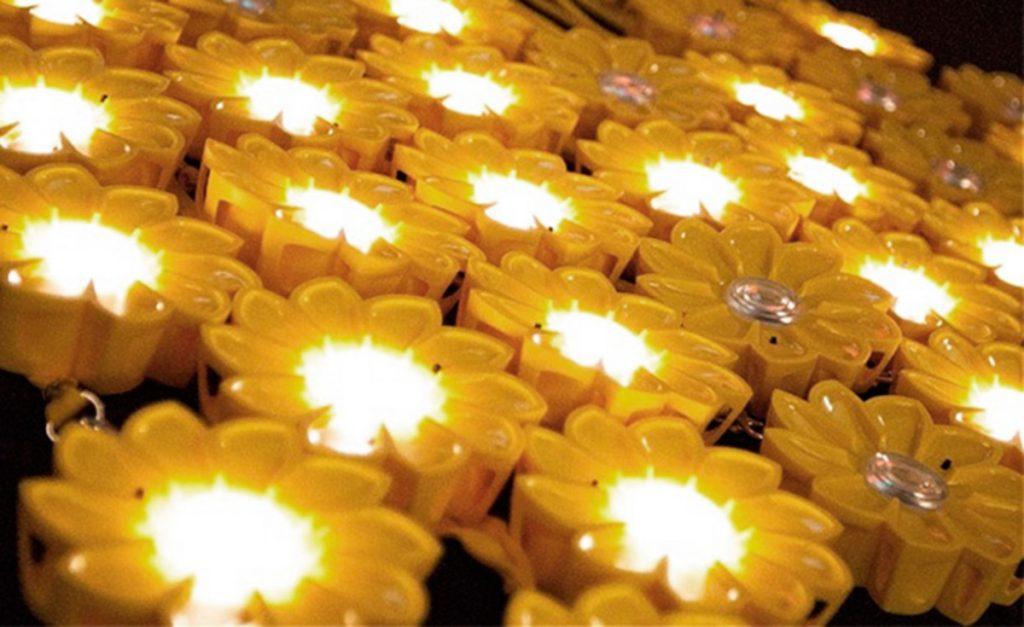 Luminaria Little Sun diseñada por Olafur Eliasson y el ingeniero Frederik Ottesen