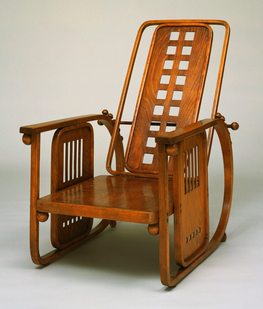 Josef Hoffmann. Sitzmaschine Chair with Adjustable Back (model 670) c. 1905