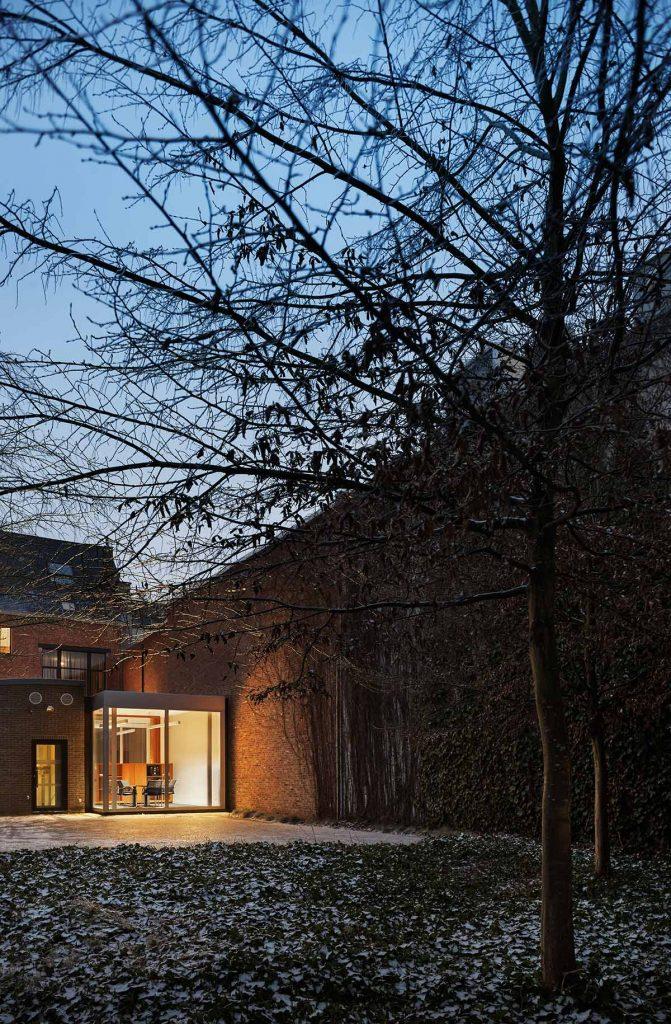 Fintro Bank. Herentals | RDVA. Rik De Vooght Architecten © Milena Villalba 2017