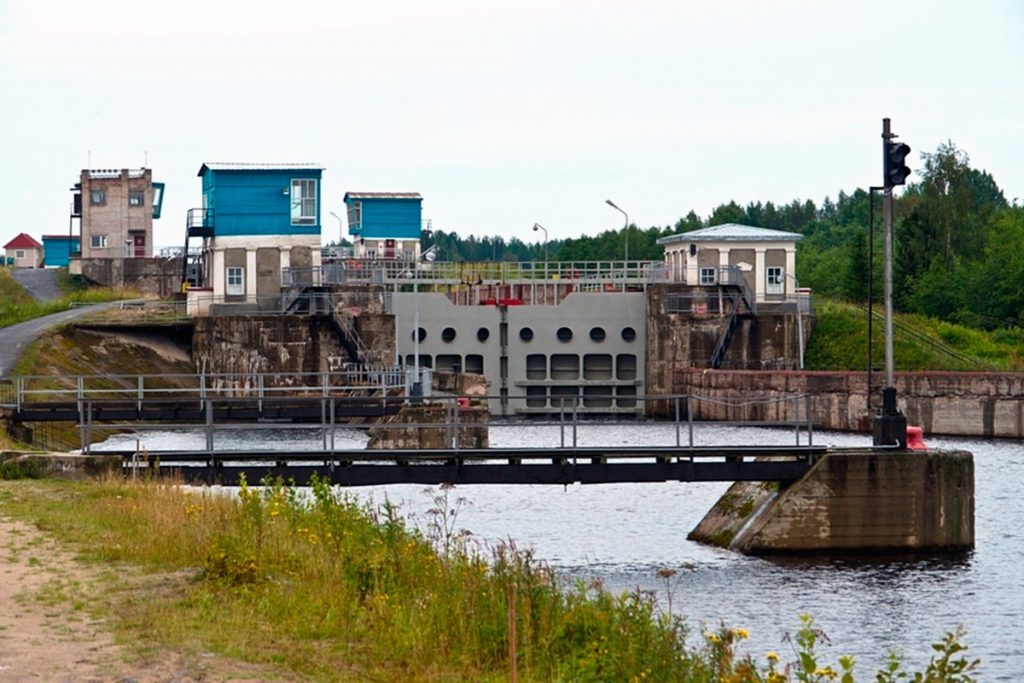 Canal en Karelia.