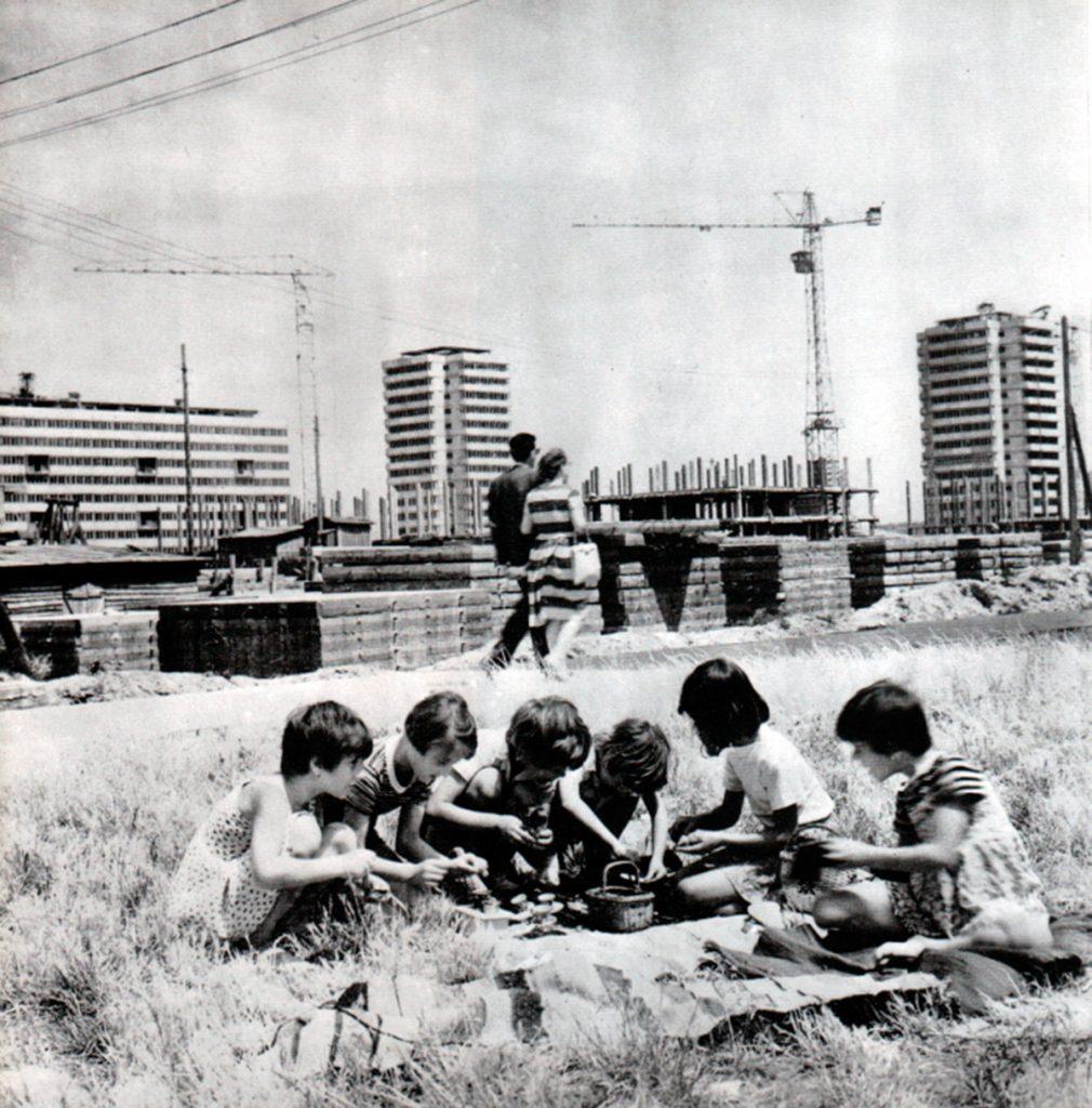 Nuevos ciudadanos de Nueva Belgrado. 1960.