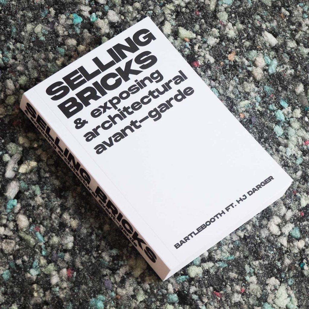 Selling bricks and exposing architecturel avant-garde. Bartlebooth