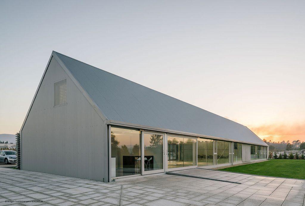 Showroom y oficinas DFG-Pavestone OLA estudio o6